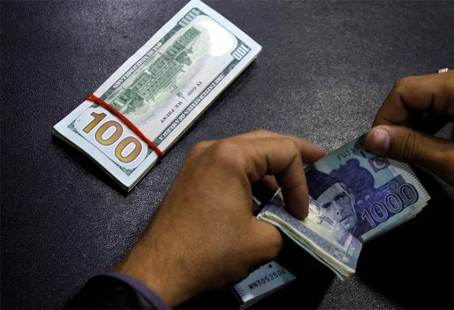 $11 billion stashed abroad by Pakistanis in over 152,000 bank accounts: Pak govt