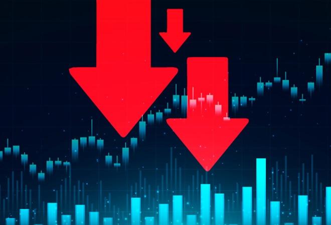 YES Bank share falls 3% amid market crash