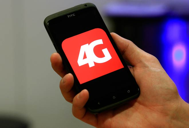 Reliance Jio working 'aggressively' to launch 4G services