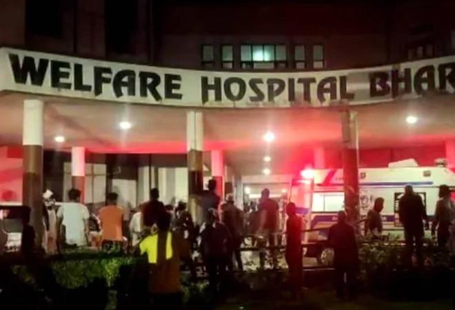 18 coronavirus patients killed in fire at Gujarat's COVID hospital