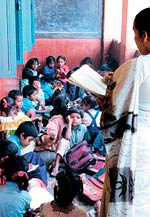 Holding the purse strings: Sarv Shiksha Abhiyan relies heavily on central aid