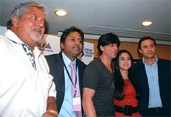Jumping onto the IPL bandwagon: (From left) Vijay Mallya, Lalit Modi, Shah Rukh Khan, Preity Zinta and Ness Wadia