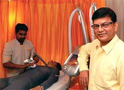 Rakesh Pandey, CEO, Kaya Clinic (Marico)