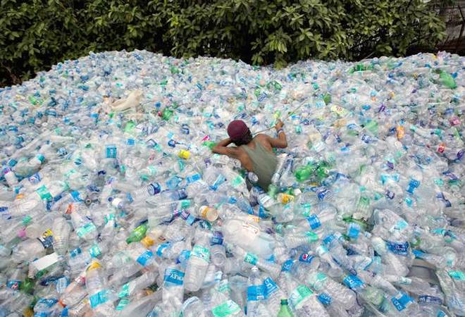 Mumbai Plastic Ban: Rs 3,90,000 in fine collected by BMC on day 4; Burger King, Starbucks among penalised
