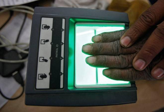 Govt introduces Aadhaar amendment bill in Lok Sabha