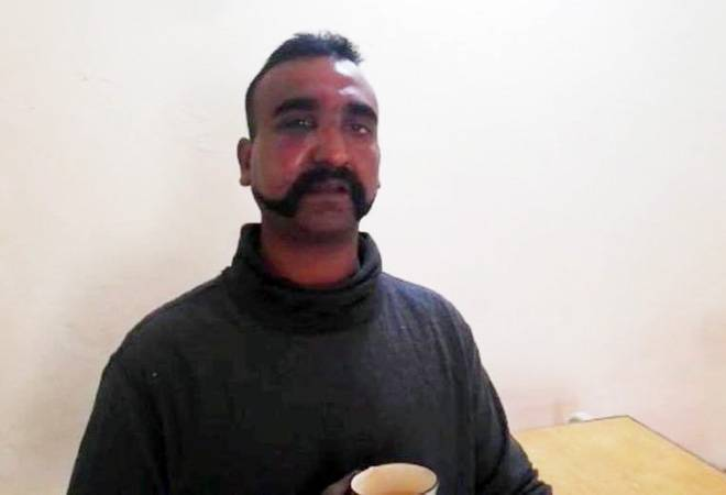 Abhinandan's parents receive clapping, cheers, standing ovation from passengers on flight to Delhi