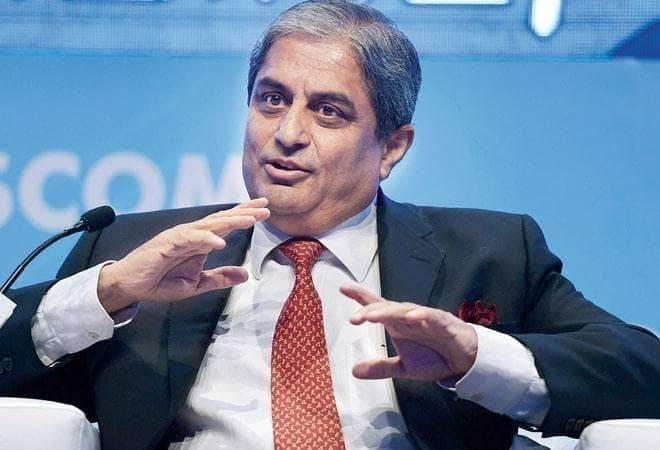 HDFC Bank's Aditya Puri highest paid banker in India; here's how much top 5 bank chiefs earn