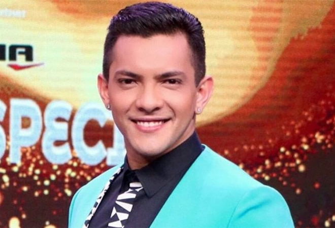 Aditya Narayan says Rs 18,000 left in bank account, plans to sell bike to make ends meet