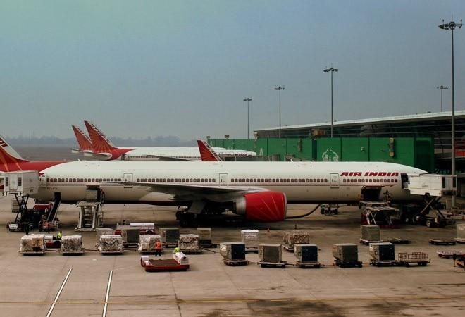 Air India suspends contract of 200 pilots amid coronavirus lockdown