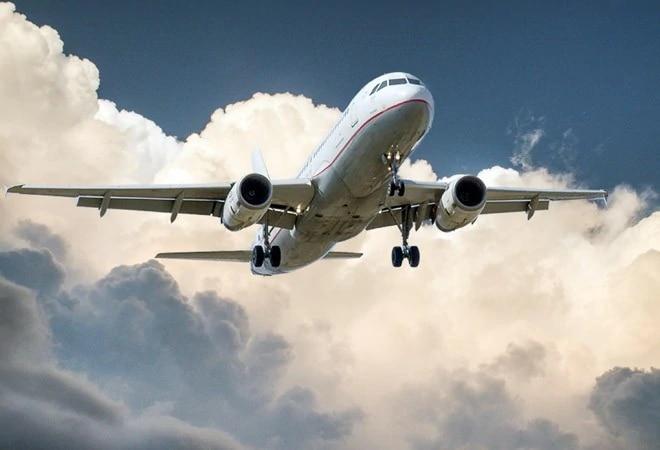 Flyers can take photos, videos in flights, clarifies DGCA