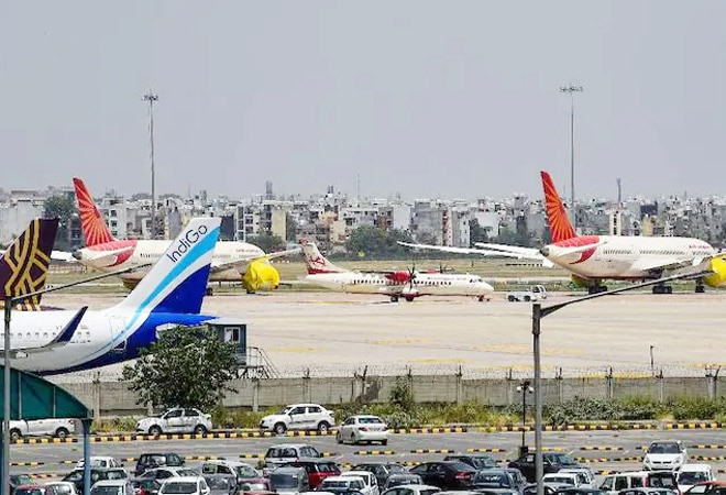Domestic air travel: Airlines can operate only 50% of pre-COVID flights from June 1