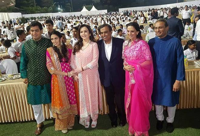 Akash Ambani-Shloka Mehta wedding LIVE: Aamir Khan-Kiran Rao, Anand Mahindra arrive at venue