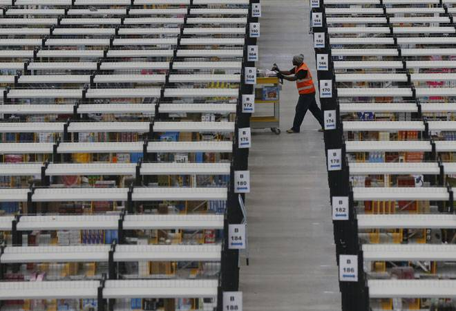 Amazon, Flipkart, Snapdeal offer huge discounts ahead of Independence Day