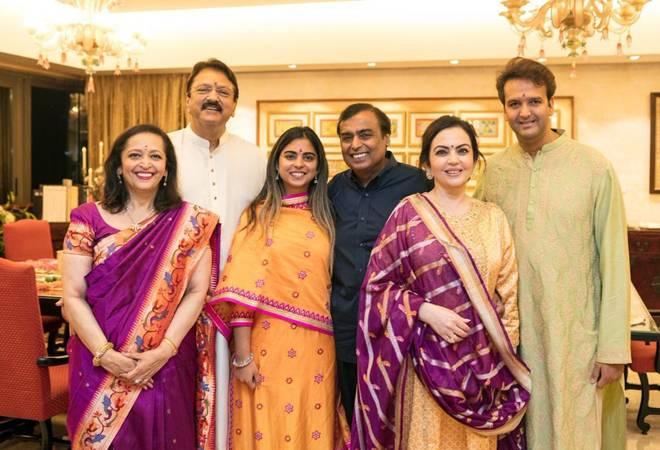 Isha Ambani-Anand Piramal wedding: Antilia decked up; Rajnath Singh, Pranab Mukherjee likely to attend