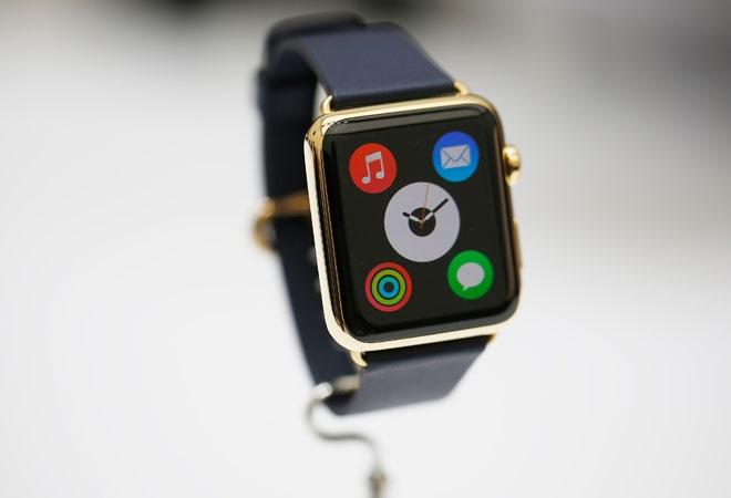 Fitness junkies seek more from Apple's Watch