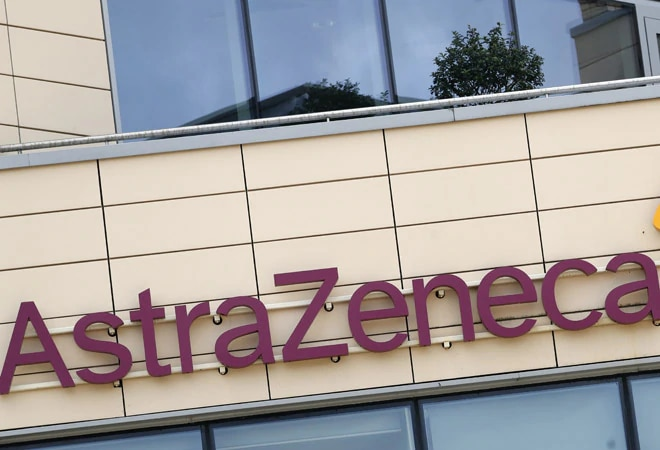 AstraZeneca expects COVID-19 vaccine outcomes by yr's finish