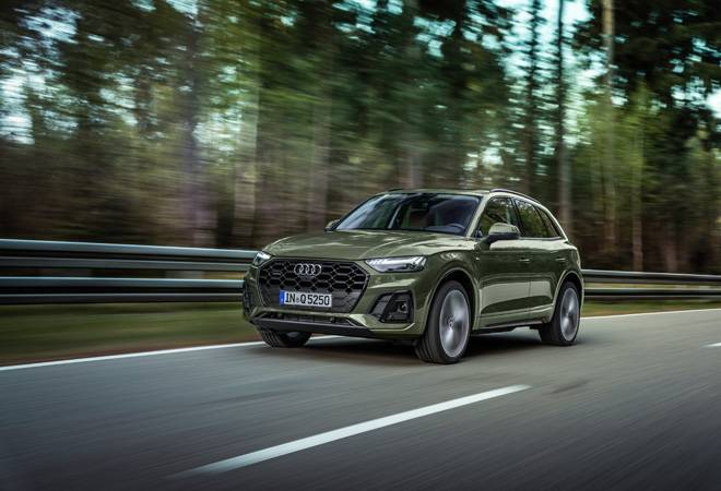 2021 Audi Q5 facelift unveiled with fresh design, India launch next year