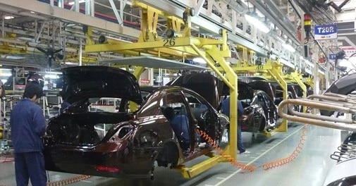 UK car production likely to drop to lowest level in decades