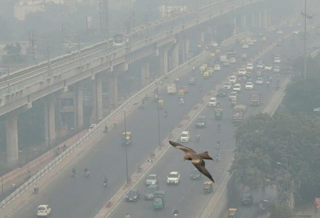 This flight take off video captures Delhi's disgusting air pollution