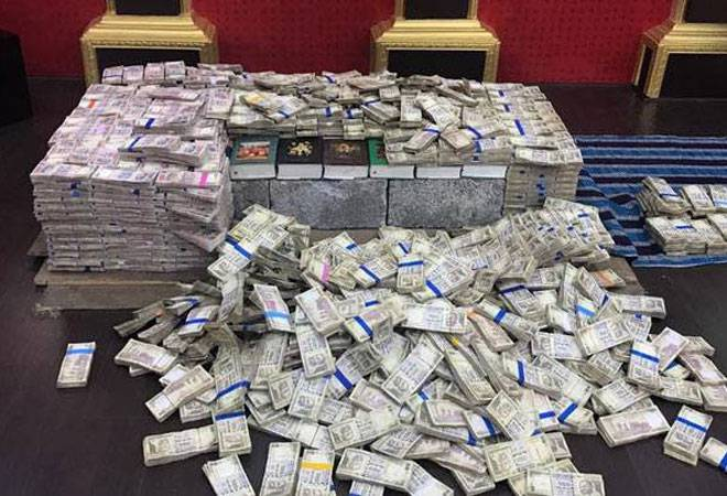 Bengaluru: Old notes worth Rs 40 crore seized from former corporator's house