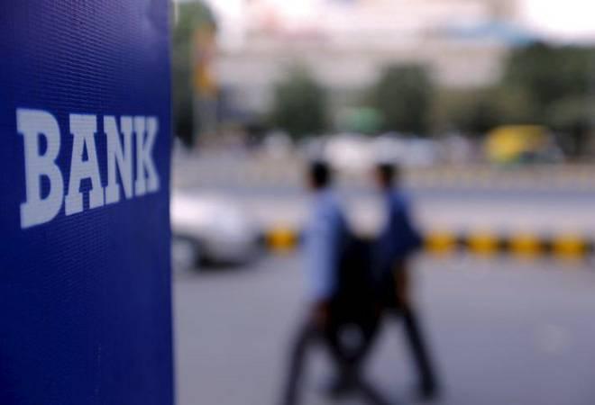 ICICI Bank, HDFC Bank, SBI stocks make gains; Sensex up 860 points