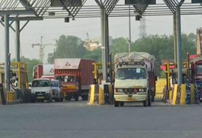 Delhi border reopens: Chaos ensues at UP border over e-pass