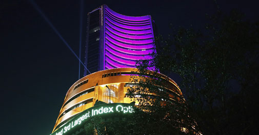Sensex closes above 25,000-level for the first time