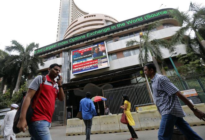 Asian markets dent Indian equities, Sensex closes 109 pts down