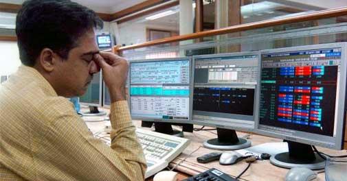 Sensex snaps 3-day gains, slumps 590 pts