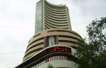 Share Market LIVE Updates: Sensex rises over 300 pts, Nifty above 14,750; Bajaj Finance, Powergrid top gainers
