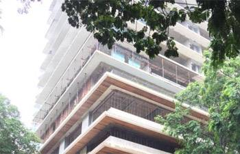 This industrialist bought two flats in Mumbai for Rs 100 crore