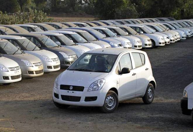 Auto market firms up on festive onset