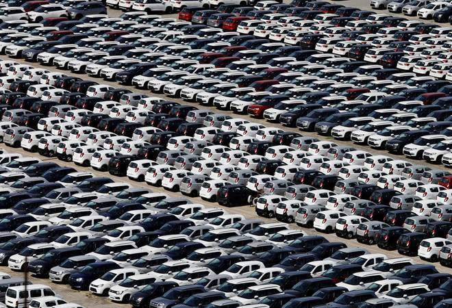 Retail auto sales weak in December due to lower discounts, farmers protest: Report