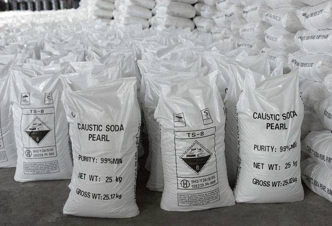 Caustic soda prices rise in May on strong demand, limited supply