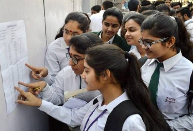 CBSE Class 12 Result 2019: Toppers Hansika Shukla, Karishma Arora score 499 out of 500 marks