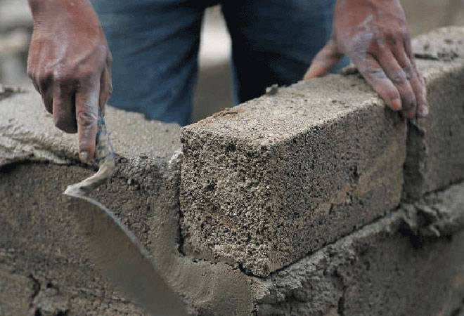 Outstanding capacity in the cement industry to rise to 474 million tonnes by March 2018