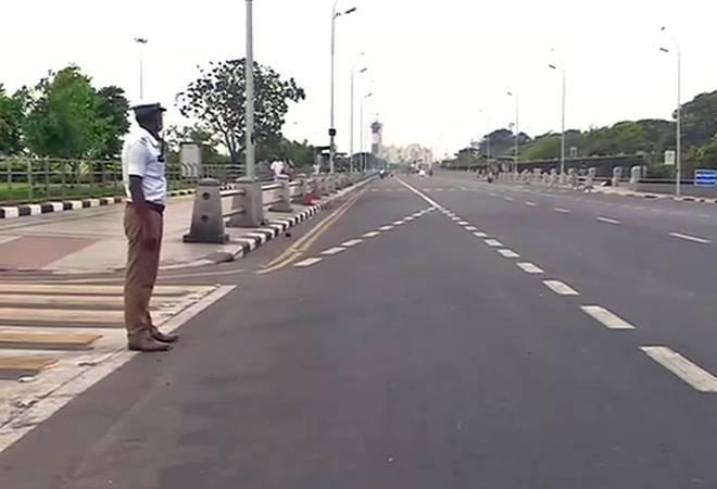 Tamil Nadu extends Jananta Curfew till 5 AM tomorrow morningTamil Nadu extends Jananta Curfew till 5 AM tomorrow morning
