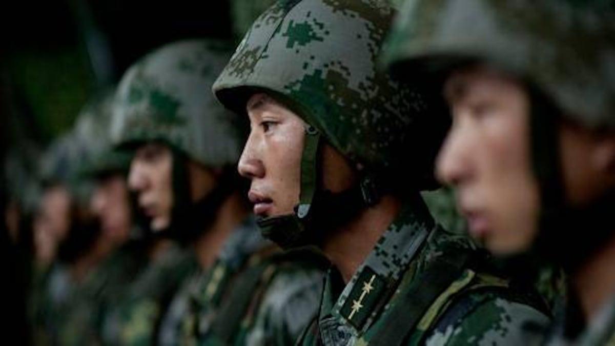 Coronavirus update: President Xi Jinping orders military to help ...
