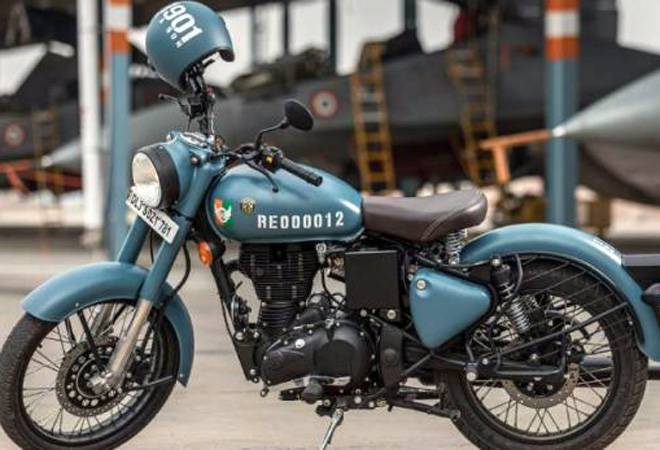 Royal Enfield feud: Why Classic 500 Pegasus owners are furious over Classic 350 Signals?