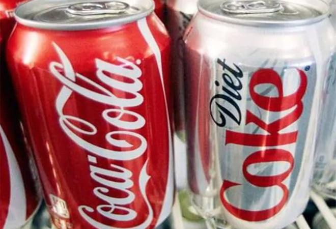 All COVID-19 virus in the world would fit in a coke can, claims British mathematician