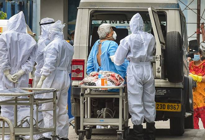 India sees highest single-day spike of 9,996 COVID-19 cases, 357 deaths in 24 hours; set to surpass UK