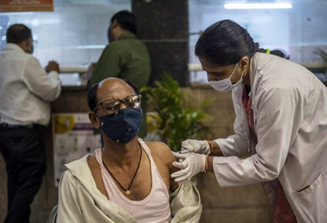 India records highest ever spike at 1.84 lakh new Covid cases, 1,073 deaths