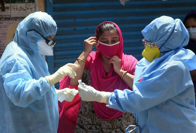 Coronavirus: SC directs govt to ensure doctors, medical staff have appropriate PPEs, security