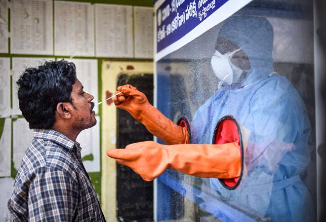 Coronavirus: Navy develops a low-cost PPE for use in hot and humid environment