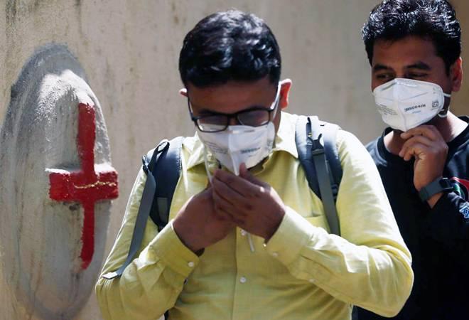 Coronavirus: Over 800 told to self-quarantine after Delhi doctor tests positive