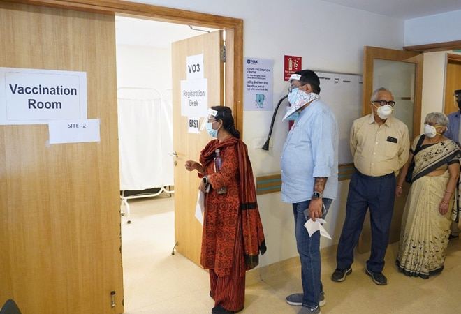 India records highest-ever single-day spike of 1.15 lakh coronavirus cases