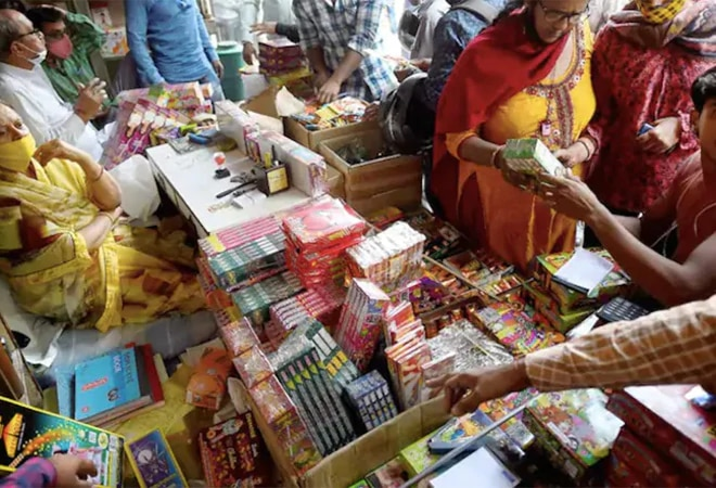 NGT imposes total ban on sale, bursting of firecrackers in NCR from Nov 9-30