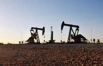 Oil rises on OPEC outlook that US output growth will slow; brent crude nears $74 per barrel
