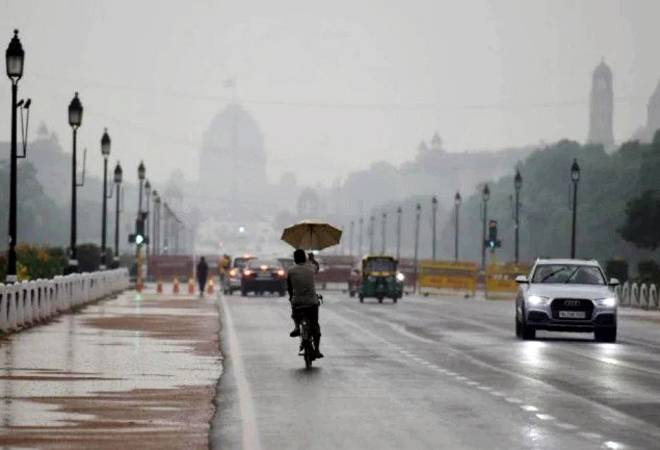 Light rains, high wind speed improve Delhi's air quality; pollution level may come down on Friday
