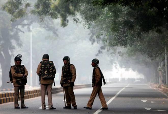 Coronavirus: Haryana govt curbs movement across Gurugram borders